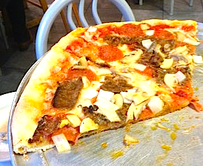 Mamma Lucia's Pizza