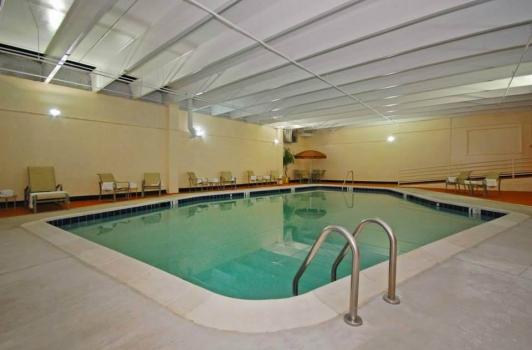 Harborside Hotel - Oxon Hill MD