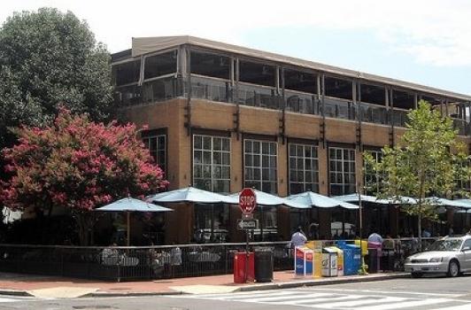 Lauriol Plaza - Dupont Circle DC