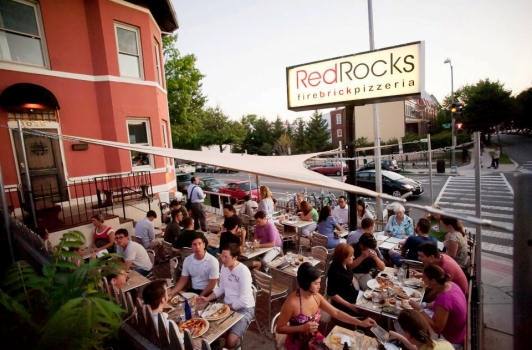 RedRocks Pizzeria