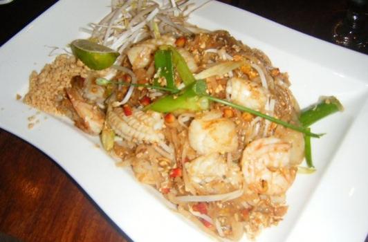 Mai Thai Downtown Dc Runinout Food Fun Fashion