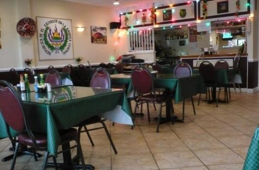 La Union Restaurant - Arlington VA