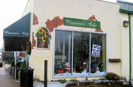 Mancini's Cafe and Bakery @ Del Ray