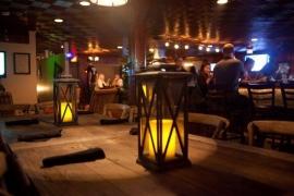Mutiny Pirate Bar & Island Grille