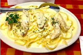 Fettuccine Alfredo Chicken @ Rocco's